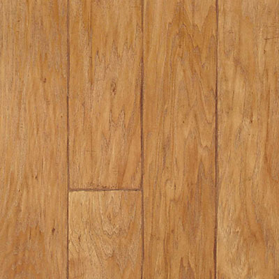Quick-Step Sculptique Collection 8mm Sandy Blonde Hickory Laminate Flooring