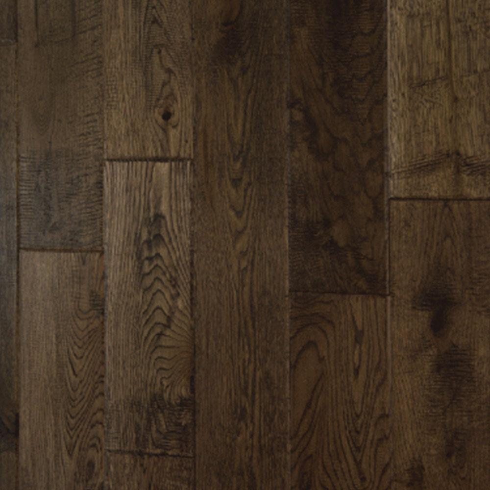 Chesapeake Flooring Waycross White Oak Solid Plank 4 3/4 Inch Wood Chip Hardwood Flooring